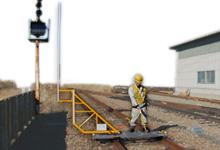 走行式建築限界測定器